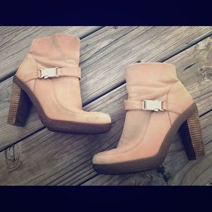 ECCO heeled ankle boots size 36 US size 6